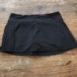 Lululemon Black Pleated Skirt Size 8